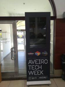 Decoração de E-Posters Aveiro Tech Week