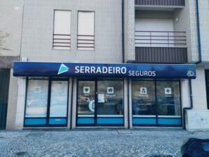 Recondicionamento do reclame Serradeiro Seguros